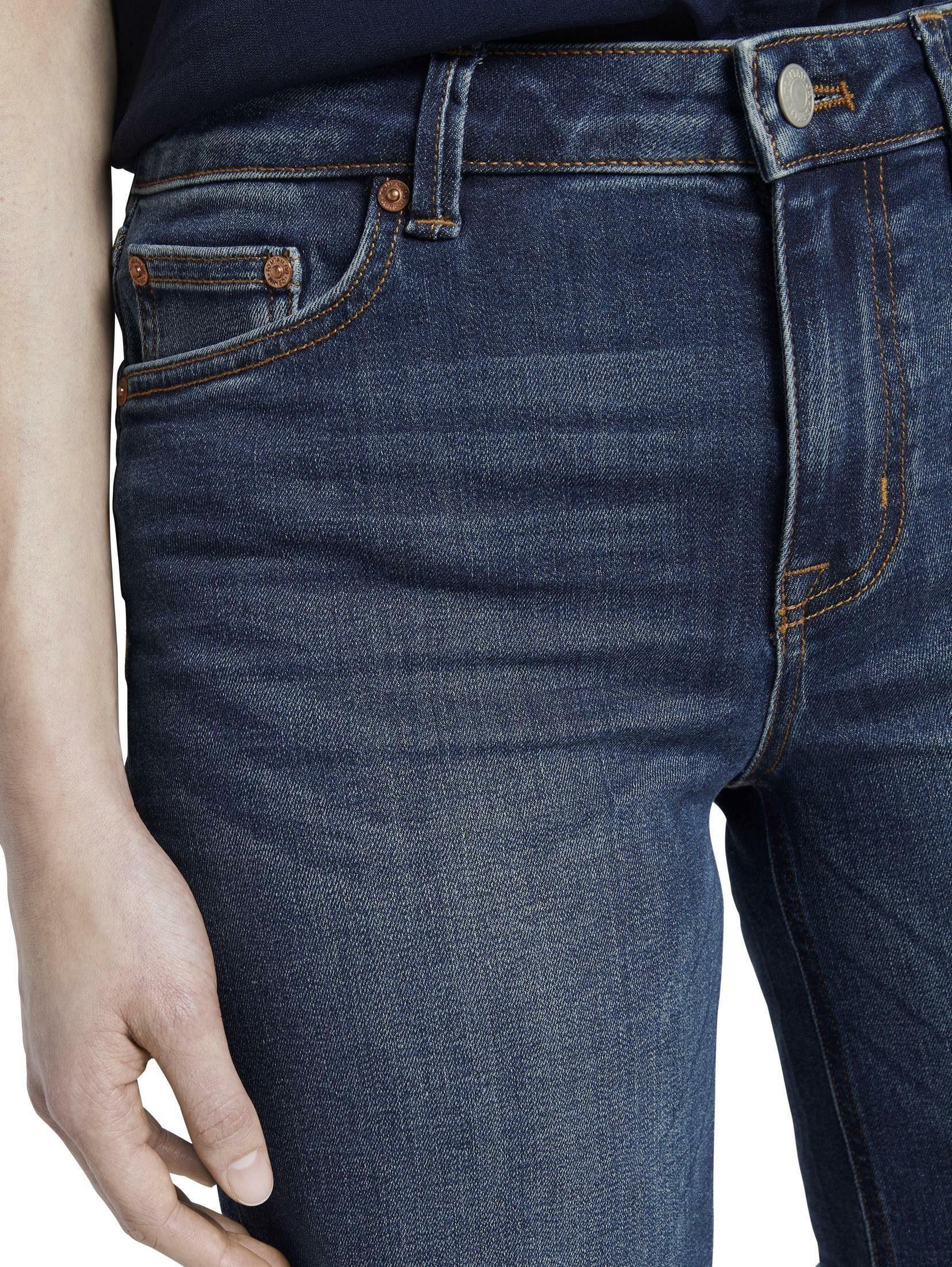 TOM TAILOR Denim Jeansshorts Lina Jeansshorts mit ausgefranster Saumkante