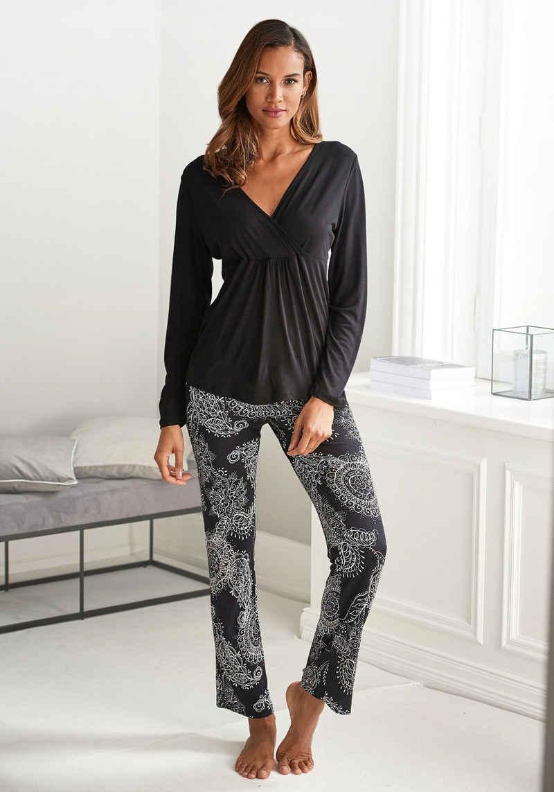 Vivance Dreams Pyjama im schwarz-weißen Paisley-Dessin