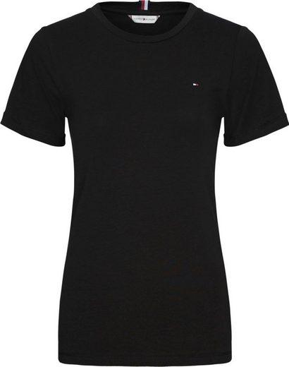 Tommy Hilfiger Rundhalsshirt »TH ESS SLD ROUND -NK TOP SS« mit Tommy Hilfiger Logo-Flag