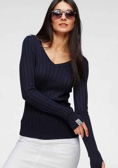 KangaROOS V-Ausschnitt-Pullover in breit geripptem Feinstrick