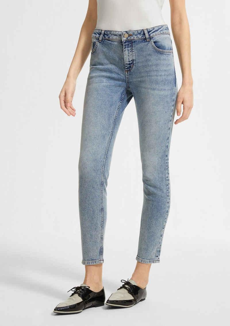 Comma 7/8-Jeans »Jeans mit Swarovski® Kristallen« Waschung, Schmucksteine