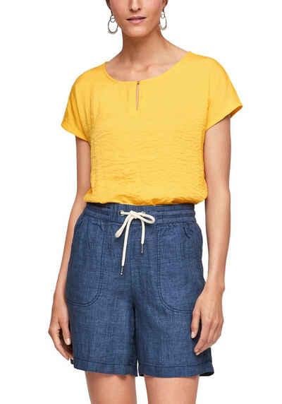 s.Oliver T-Shirt im tollen Materialmix und mit süßem Knopfverschluss