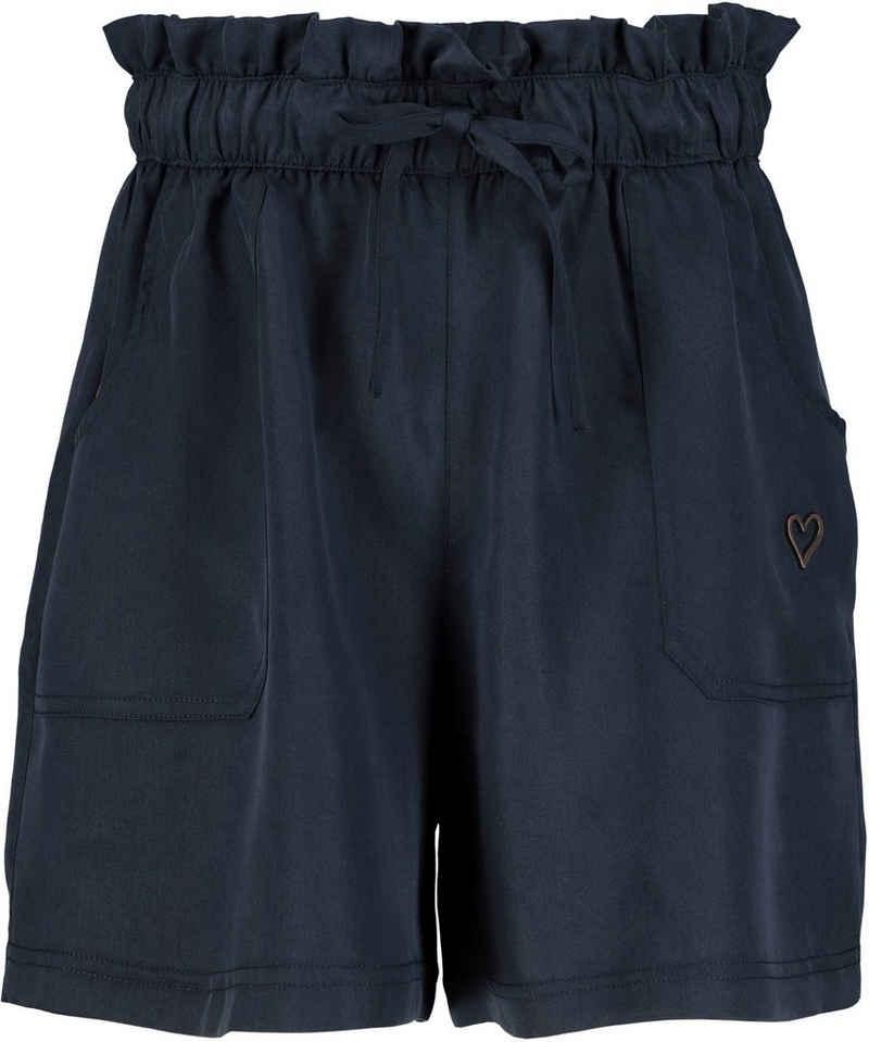 Alife & Kickin Shorts »BeccaAK« aus seidiger Lyocell-Qualität mit Seitentaschen