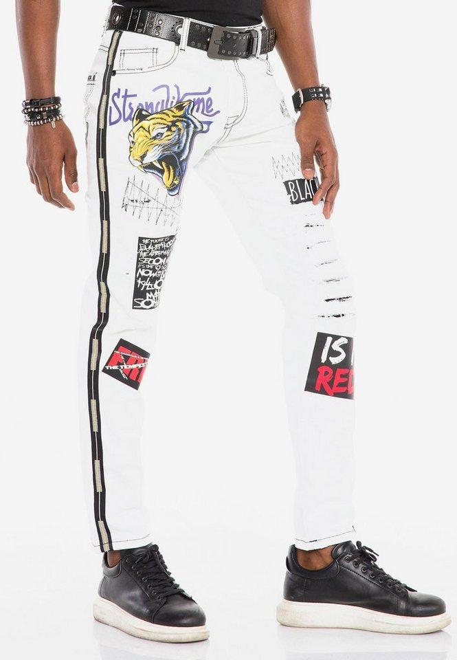 cipo & baxx -  Bequeme Jeans mit auffälligen Applikationen