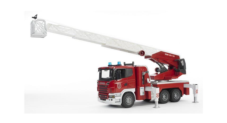 bruder® Feuerwehr, »R-Serie Feuerwehrleiterwagen mit Wasserpumpe und Light and Sound Modu