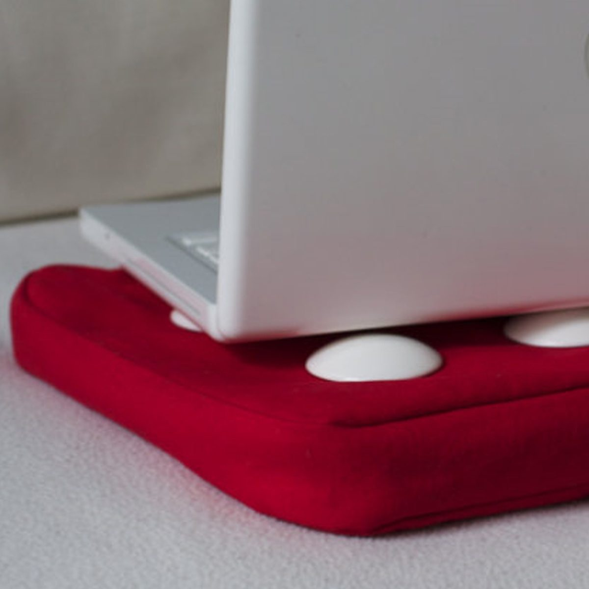 BOSIGN Bosign SURF PILLOW Laptop Kissen rot-weiß