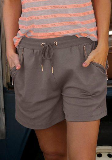 Bench. Sweatshorts mit Zipperdetail