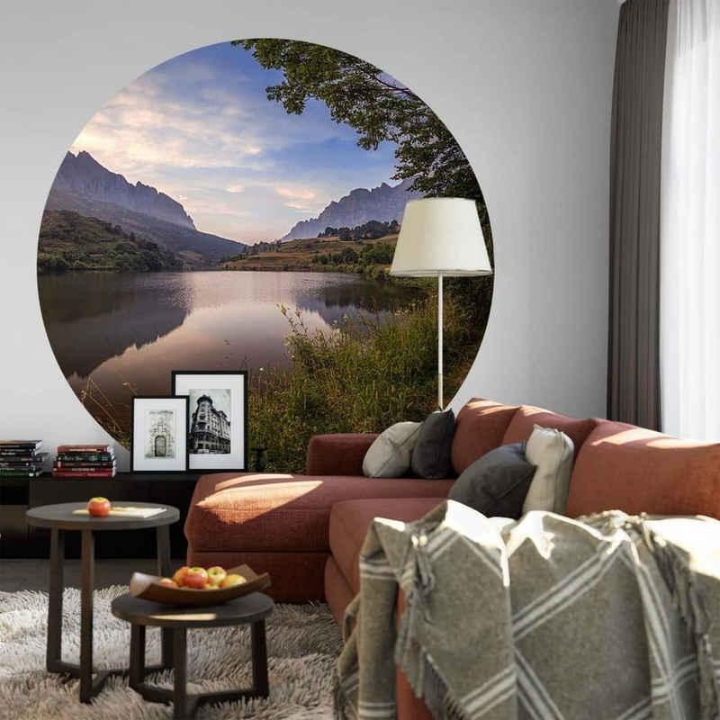 K&L Wall Art Fototapete »Runde Fototapete Cuadrado See Landschaft Tapete Natur Vliestapete Vintage Deko«, Bergsee