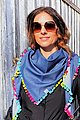 Wishproject® Dreieckstuch »Damen XXL-Tuch, Denim Pünktchen« Made in Germany, Label aus recyceltem Meeresplastik, Fair Wear, hochwertige Ausführung, Bild 1