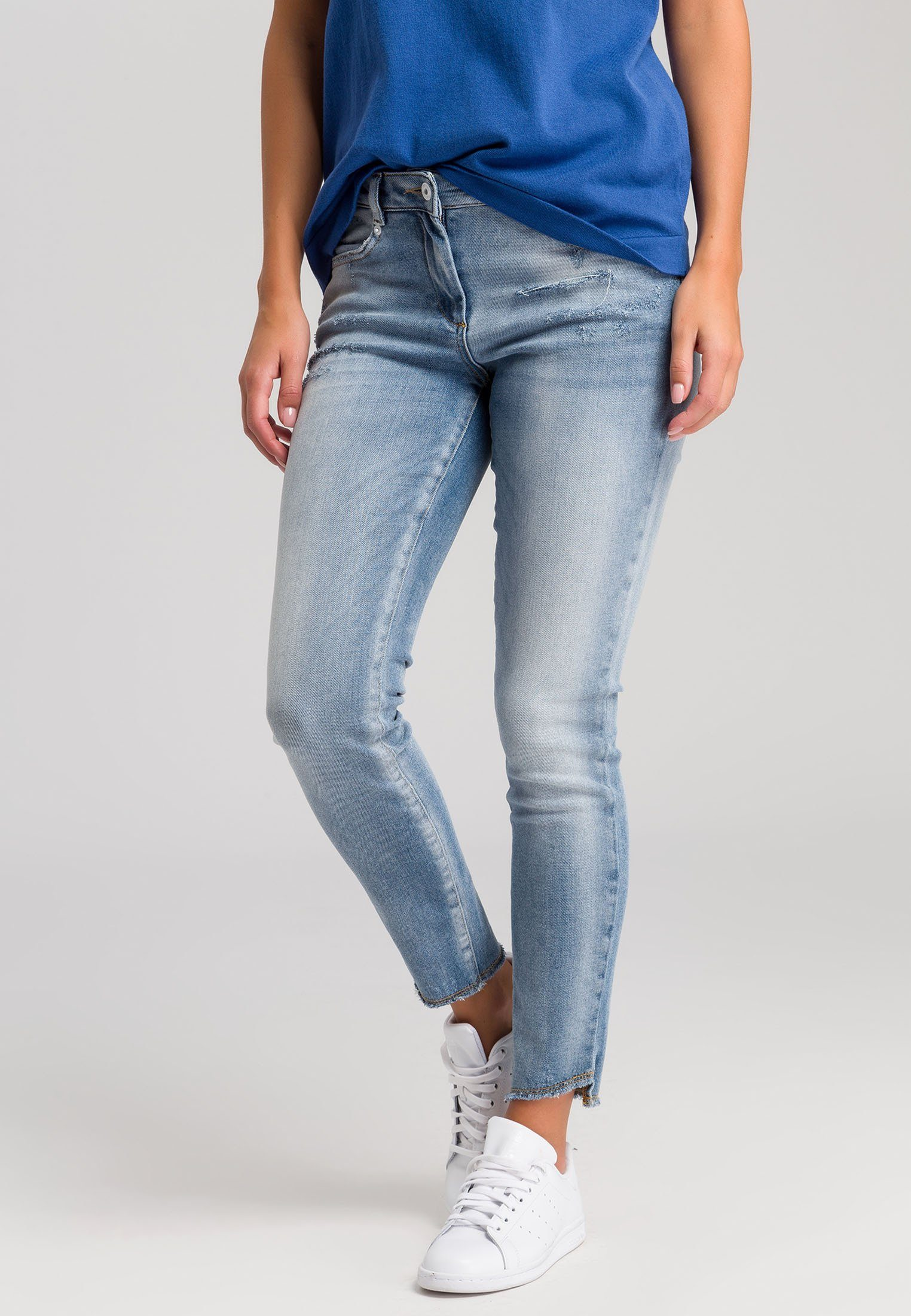 Casual-Look mit 2-Wege-Zippe Gr bleached BEST CONNECTIONS 38 Jeansbluse B.C