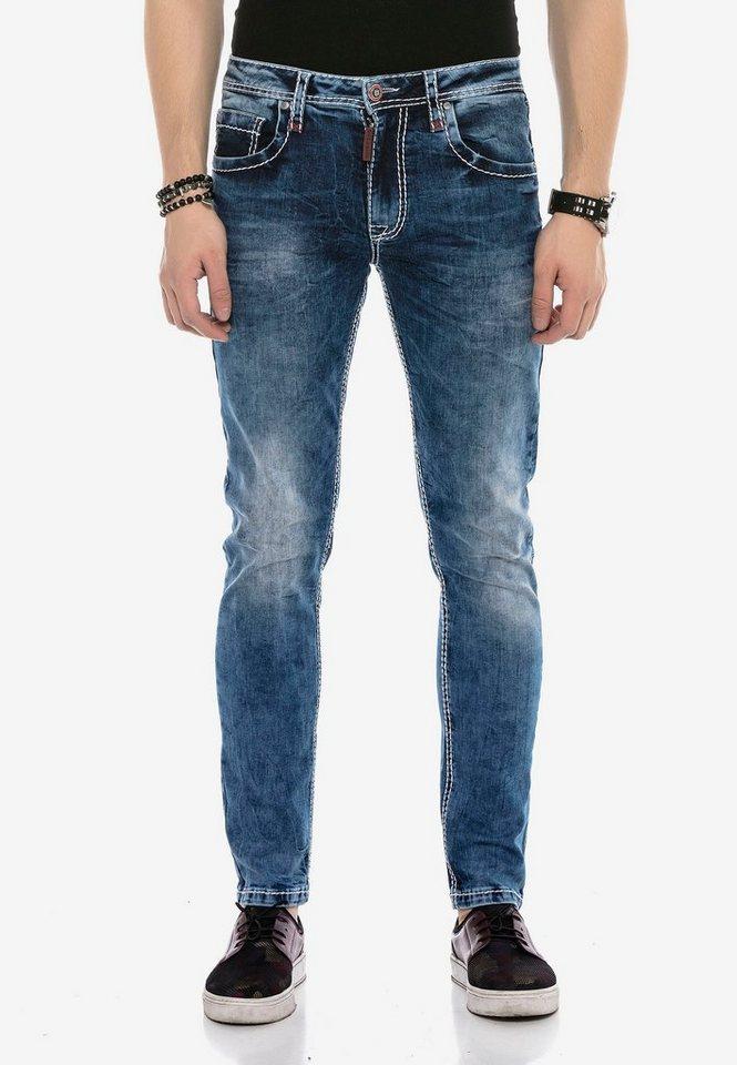 cipo & baxx -  Bequeme Jeans »CD588« in klassischem Design