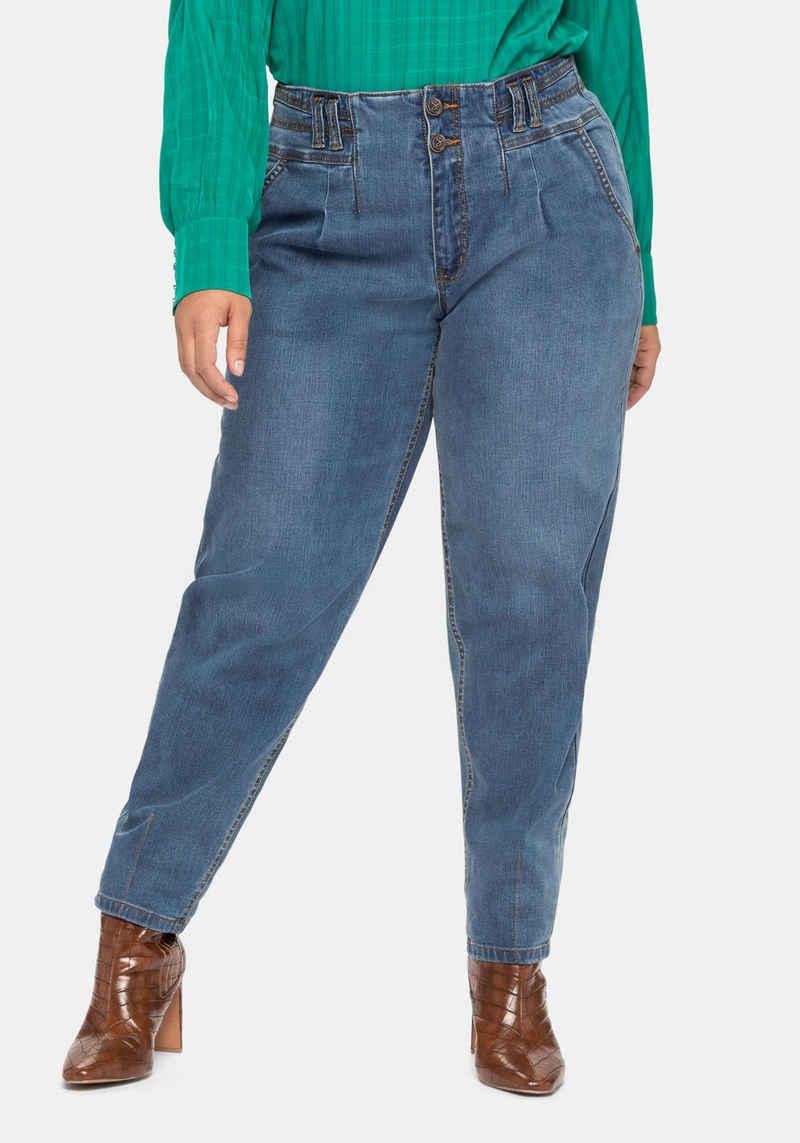 Sheego Stretch-Jeans mit hohem Bund, in lockerem Schnitt