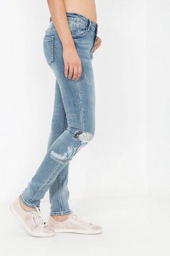 Blue Monkey Skinny-fit-Jeans »Honey 7112« mit Stickerei Patches im asiatischen Look