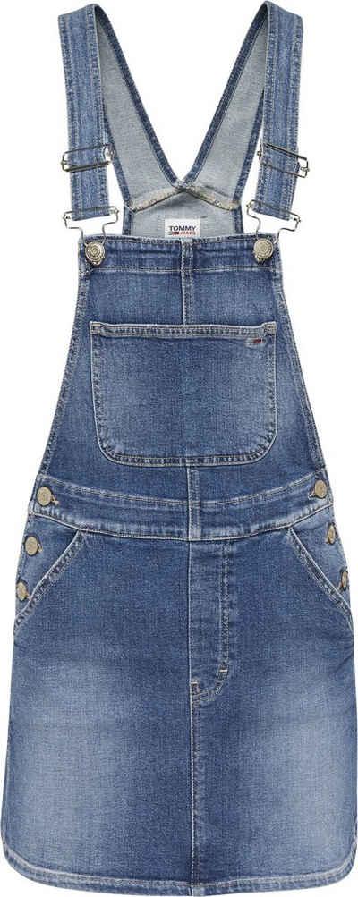 Tommy Jeans Latzkleid »CLASSIC DUNGAREE DRESS AMBC« mit verstellbaren Trägern & seitlich zu knöpfen