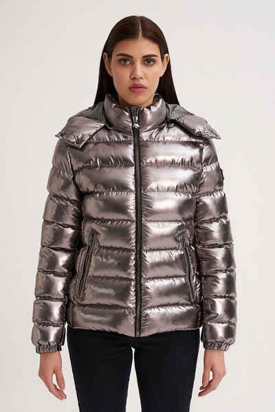 JEREMY MEEKS Winterjacke »AGNESA Gepolsterter Mantel mit Metallplatte«