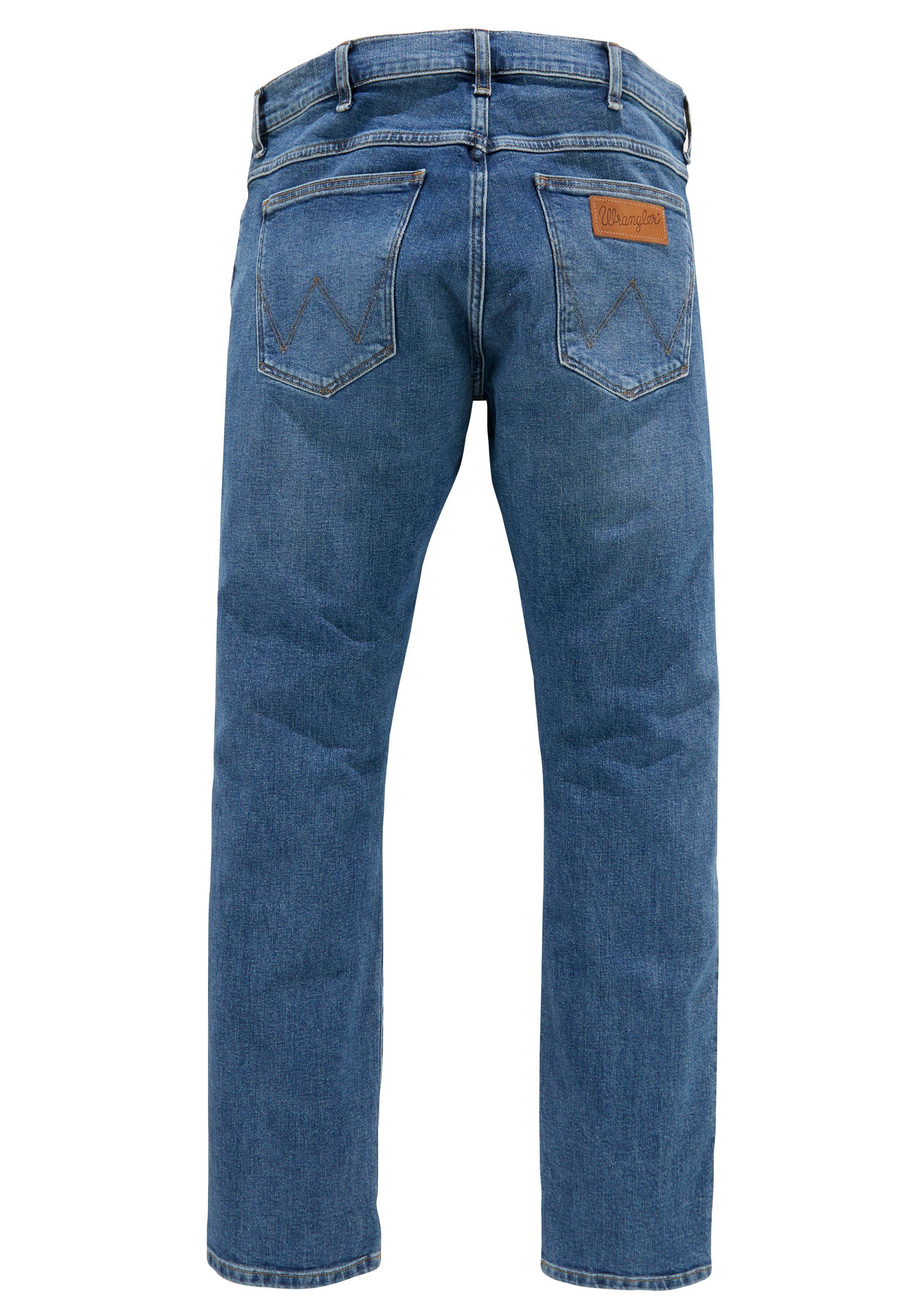 Wrangler Slim-fit-Jeans Larston, Mit leichter Waschung