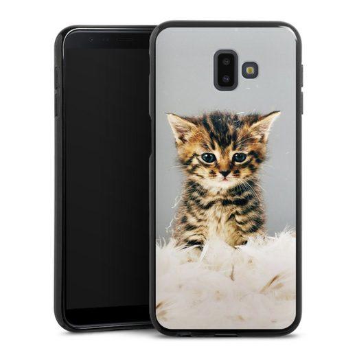 DeinDesign Handyhülle »Kitty« Samsung Galaxy J6 Plus Duos (2018), Hülle Katze Haustier Feder