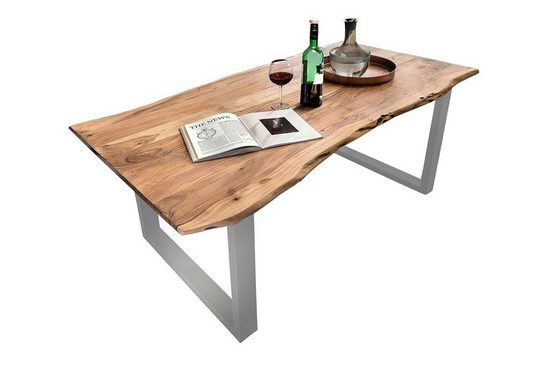 Junado® Baumkantentisch »Quinn«, Akazie Massivholz naturfarben natürliche Baumkante