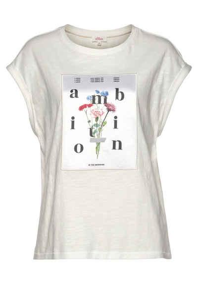 s.Oliver T-Shirt mit hochwertigem Satin-Badge mit floralem Printmotiv