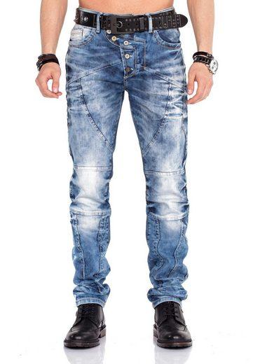 Cipo & Baxx Bequeme Jeans mit farblich wählbarem Gürtel