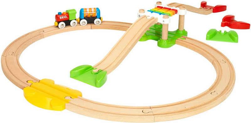 BRIO® Spielzeug-Eisenbahn »BRIO® WORLD Mein erstes Bahn Spiel Set«, (Set), Made in Europe, FSC®-Holz aus gewissenhaft bewirtschafteten Wäldern