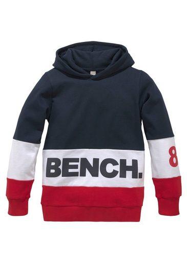 Bench. Kapuzensweatshirt im colourblocking Design