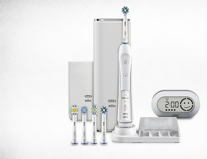 Oral-B Elektrische Zahnbürste White PRO 7000 CrossAction SmartSeries, mit Bluetooth