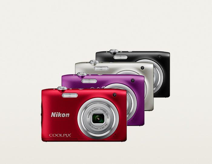 Nikon Coolpix A100 Kompakt Kamera inkl. 8 GB SD-Karte & 10€ CEWE Fotogutschein, 20,1 MP