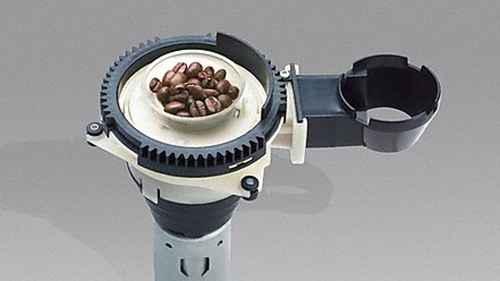 RCP 569286366 Miele CM6350 Einzelaufnahme Kegelmahlwerk