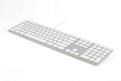 matias Apple-Tastatur (Matias FK318S Aluminum Wired USB Tastatur/Keyboard für Apple Mac OS, QWERTY, US, mit reaktionsschnellen Flache Tasten und Zusätzlichem Ziffernblock - Silber/Wei)