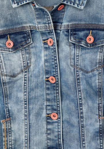Cecil Jeansjacke mit Stitchings an den Taschen