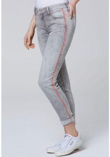 SOCCX 5-Pocket-Jeans »CH:EA:R« mit farbigem Gallonstreifen