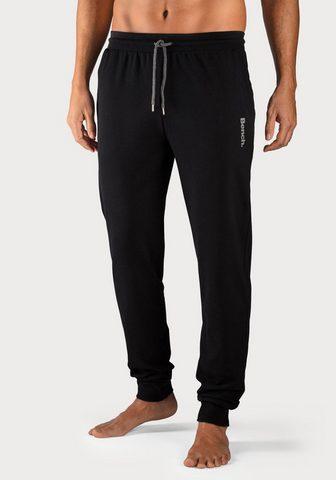 Bench. Sportinio stiliaus kelnės su Bündchen ...