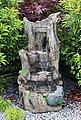 Arnusa Gartenbrunnen »großer Wasserfall Springbrunnen«, (Komplett-Set), mit LED Beleuchtung in Warmweiß, Bild 5