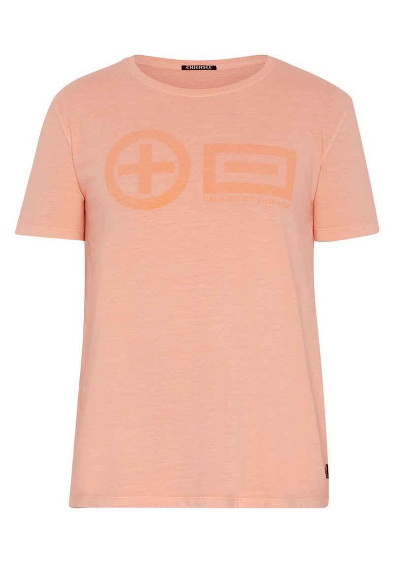 Chiemsee T-Shirt »mit PlusMinus Frontprint« (1-tlg)