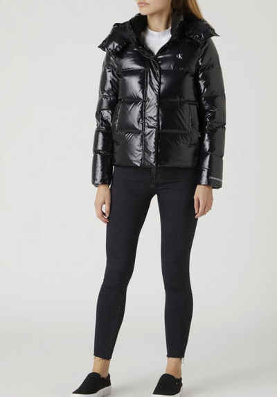 Calvin Klein Jeans Steppjacke »MW HIGH SHINE SHORT PUFFER« in Shiny Optik mit CK Logo-Monogramm