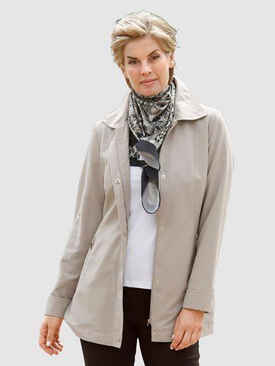 Paola Jacke mit schönen Druckknöpfen