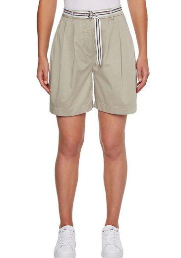 TOMMY HILFIGER Shorts »COTTON MODERN CHINO SHORT« mit Gürtel in den typischen Tommy Streifen