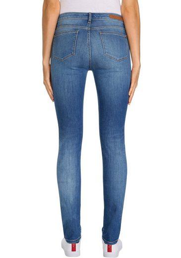 TOMMY HILFIGER Slim-fit-Jeans »HERITAGE VENICE SLIM RW« mit Fadeouit-Effekten & Tommy Hilfiger Logo-Badge