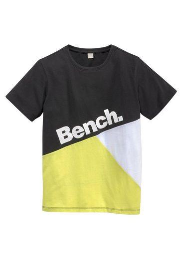 Bench. T-Shirt »GEOMETRIC«
