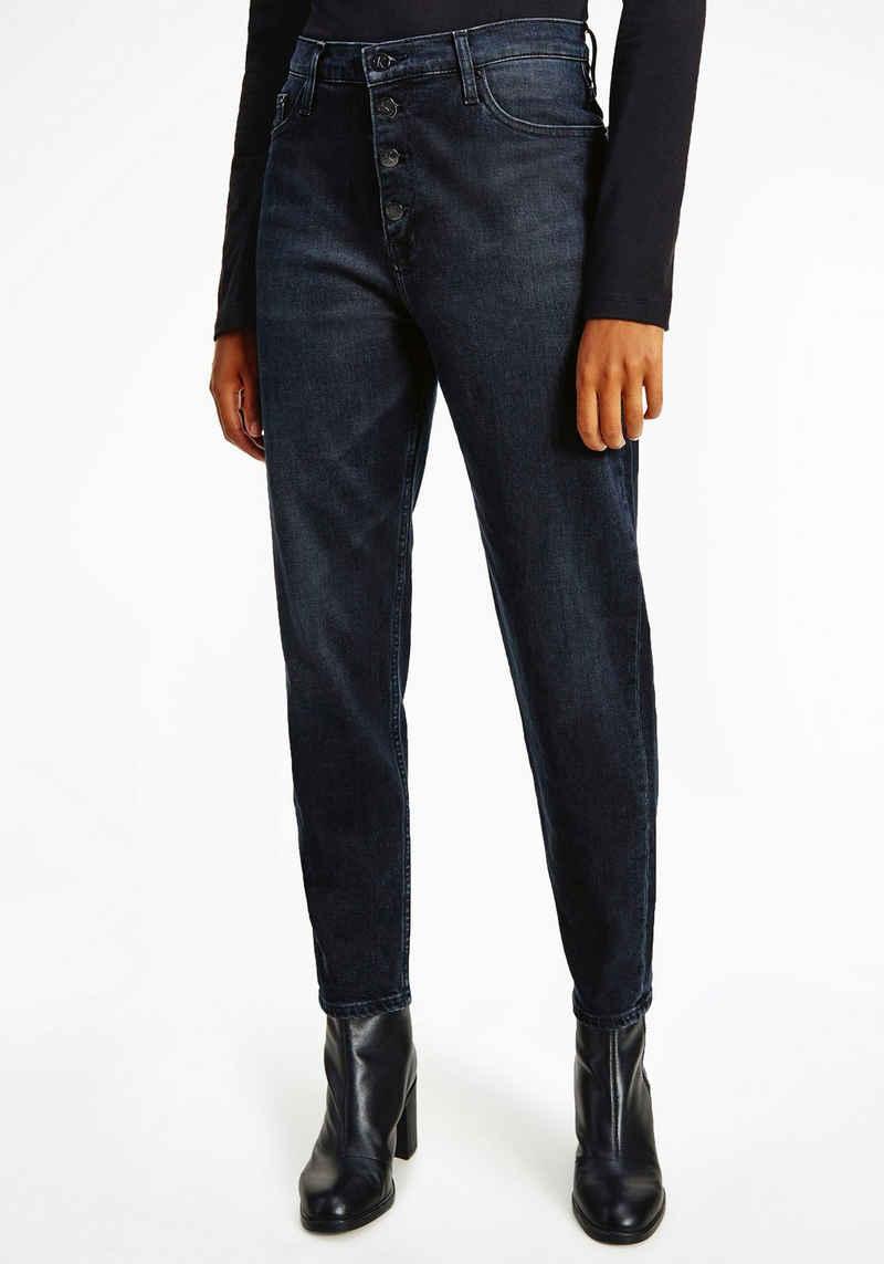 Calvin Klein Jeans Mom-Jeans »MOM JEAN« mit Button-Fly Verschluss & Calvin Klein Jeans Logo-Badge
