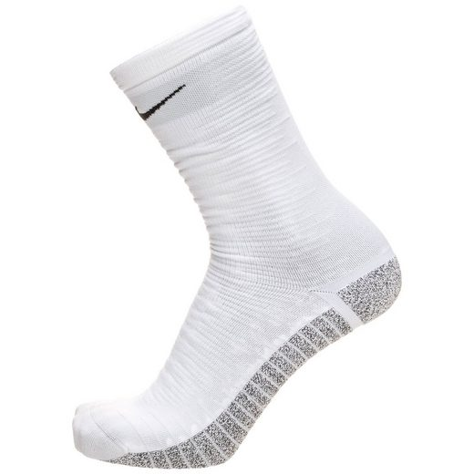 Nike Socken »Grip Strike Light Crew Wc18«