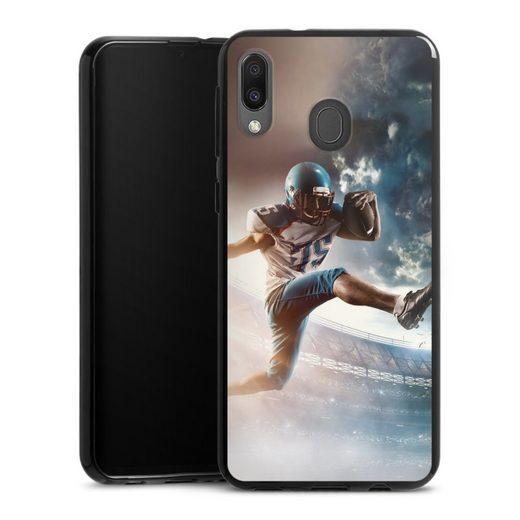 DeinDesign Handyhülle »Football action« Samsung Galaxy M20, Hülle American Football Fußballer Sport