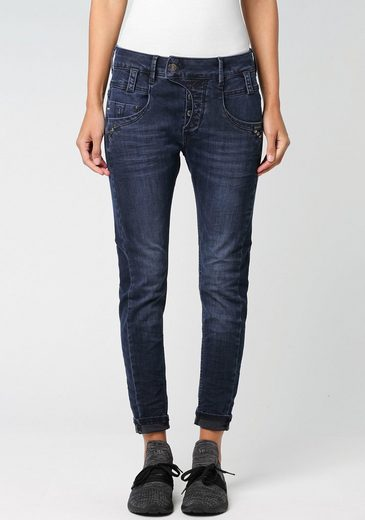 GANG Relax-fit-Jeans »MARGE« mit stylischer halb offener Knopfleiste