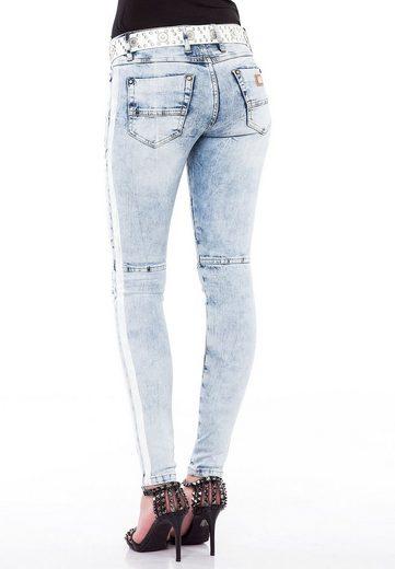 Cipo & Baxx Bequeme Jeans »Iced-Up« im Slim-Fit Schnitt