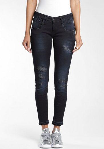 GANG Skinny-fit-Jeans »Nena« mit leicht ausgefransten Saumabschluss