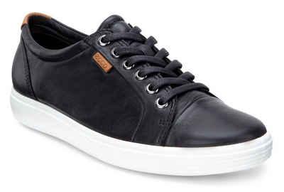Ecco Sneaker mit Label