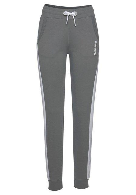 Hosen - Bench. Sweathose mit Seitenstreifen und schmalem Bein › grau  - Onlineshop OTTO