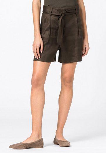 HALLHUBER Shorts »mit Lyocell«