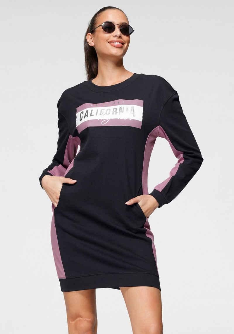 KangaROOS Sweatkleid mit großem Logodruck und kontrastfarbenen Einsätzen - NEUE KOLLEKTION